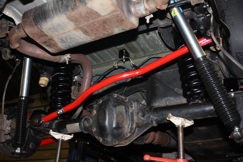 rear trackbar.jpg