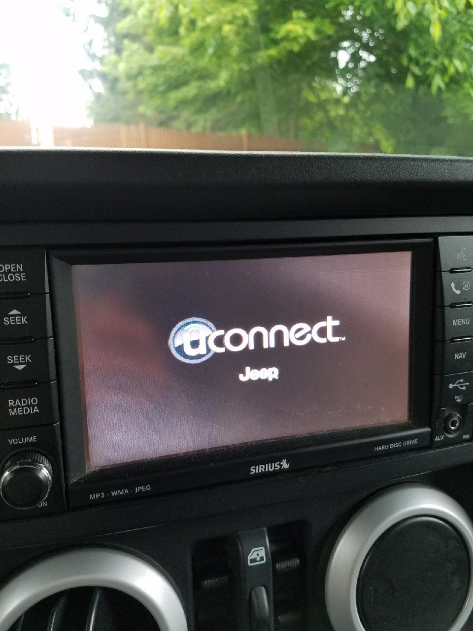 uconnect frozen on 2010 Jeep Wrangler Sahara | Jeeps net Forum